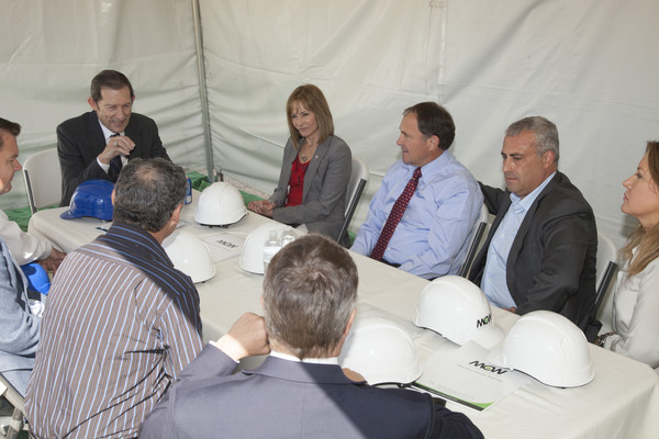 Utah Governor Gary Herbert Tours Petroteq Plant.