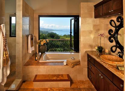 Bathroom - Casa Big Sur (3/14)