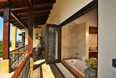 Balcony - Casa Big Sur (6/14)