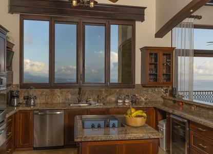 Kitchen Area - Casa Big Sur (9/50)